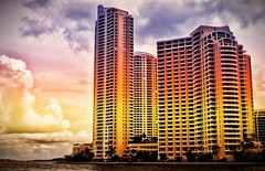 SUNSET COLOR (*atrium09) Tags: sunset sky usa color building arcoiris architecture clouds atardecer rainbow arquitectura florida miami edificio cielo nubes atrium09 rubnseabra