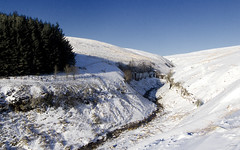 Brecon Beacons (Alchimi) Tags: winter mountain snow wales landscape nationalpark breconbeacons brecon