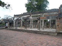 SAM_2464 (http://lunkeymarna.tumblr.com/) Tags: india travelling america temple pagoda war asia rice paddy market miami south an east vietnam communism backpacking hanoi hue socialism hoi larna larnapantreymayer lunkeymarna
