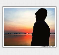 IMG_2580_Sunset (Tuan Ru) Tags: 1dmarkiii 14mm 100mm 135mm 1d 1dx 2016 2470mm 50mm 70200mm canon canon1d canoneos1dmarkiii canoneos1dx chndung portrait westlake sunset ngcsng silhouette hty hanoi hnhbng iphone tuanrau tuan ru