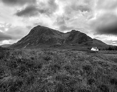 Glencoe Memories (jactoll) Tags: glencoe scotland highlands mountain cottage isolation hut mono monochrome bw black white landscape sony a7ii zeiss 1635mmf4 jactoll