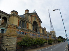 GOC Ally Pally 117: Alexandra Palace (Peter O'Connor aka anemoneprojectors) Tags: 2016 aerial alexandrapalace antenna architecture building england gayoutdoorclub goc gocallypally gochertfordshire grade2listed grade2listedbuilding gradeiilisted gradeiilistedbuilding gradetwo gradetwolisted gradetwolistedbuilding greaterlondon haringey hertfordshiregoc kodak kodakeasysharez981 listed listedbuilding london londonboroughofharingey londonn22 mast outdoor tower venue woodgreen z981