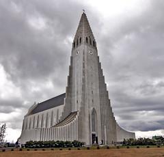 Hallgrmskirkja - Church of Hallgrmur (vic_206) Tags: reykjavik islandia canoneos60d tokina1116f28atxprodx iglesia church arquitectura hallgrmskirkja hallgrmur
