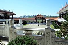 "Pátio interior (José Argemiro) Tags: faith monastery religion temple buddhist monk religião fé templo monastério monge ""zu lai"" ""são paulo"" cotia brazil budismo budista"
