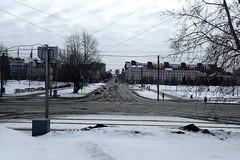 Tram rails 21 (8pl) Tags: route rails perm perspectivecentrale rue neige fils hiver