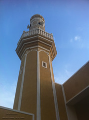 (Abdullah Rashed - KWT ( excuse 4 slow replies)) Tags: old mobile minaret mosque kuwait tradition abu iphone saleh rashed abdullah  masjed        10oct2012