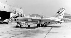 158621 Grumman F-14A VF-124 NJ400 (eLaReF) Tags: bw white black airplane f14 aviation navy aeroplane naval miramar usn tomcat grumman navalaviation f14a knkx nkx vf124 nj400 158621