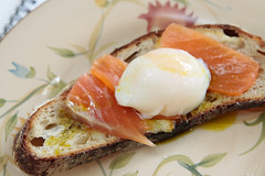 perfect egg (wingerz) Tags: food bread egg salmon sousvide