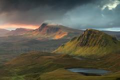 RIDGES. (Steve Boote..) Tags: light cloud sunrise landscape dawn scotland isleofskye innerhebrides landslide loch cleat manfrotto trotternish quiraing 06s dundubh leefilters ndgrads druimanruma biodabuidhe singhrayfilters lochcleat lochleumnaluirginn steveboote canoneos550d nd3reversegrad sigma18200f563osdc