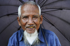 MYANMAR (BoazImages) Tags: portrait smile face umbrella asian colorful asia faces burma smiles culture documentary myanmar southeast dailylife shan burmese kengtung boazimages