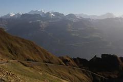 Rosenhron - Mittelhorn - Wetterhorn ( Wetterhörner ) - Lauteraarhorn - Schreckhorn - Eiger - Mönch - Jungfrau im Berner Oberland im Kanton Bern in der Schweiz (chrchr_75) Tags: hurni christoph schweiz suisse switzerland svizzera suissa swiss chrchr chrchr75 chrigu chriguhurni oktober 2012 1210 herbst chriguhurnibluemailch eiger bergeiger albumeiger alpen alps berg mountain lauteraarhorn kantonbern berner oberland oktober2012 albumzzz201210oktober mönch kantonwallis kantonvalais montagne albumjungfrau jungfrau viertausender montagna albumschreckhorn schreckhorn albumwetterhorn wetterhorn wetterhörner grindelwald albumlauteraarhorn lbumschreckhorn