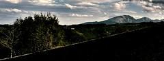 ray of light /filo di luce (Escursionista53) Tags: italy alberi montagne italia nuvole campagna autunno luce marche panorami appennini passeggiate paesi borghi naturra sibillini montefortino montisibillini boschi montevettore montesibilla parcodeimontisibillini