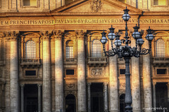 "piazza San Pietro, Natale • <a style=""font-size:0.8em;"" href=""http://www.flickr.com/photos/89679026@N00/8352425743/"" target=""_blank"">View on Flickr</a>"