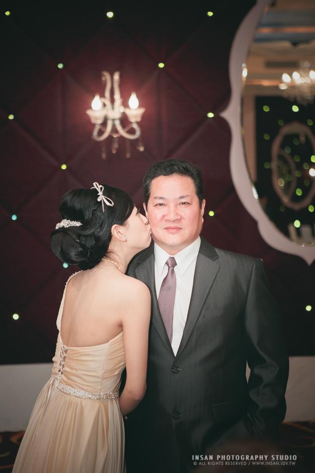 wed20121109_0590
