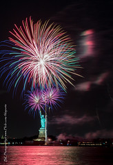 Statue Of Liberty Fireworks July 16 2016-20 (bkrieger02) Tags: nyc newyorkcity longexposure nightphotography brooklyn canon fireworks hudsonriver statueofliberty pyro redhook libertyisland pyrotechnics libertyharbor canonusa 7dmkii louisvalentinopier