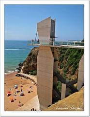 Ascensor- Playa de Albufeira-Portugal (Lourdes S.C.) Tags: costa portugal playa ascensor albufeira costaatlntica