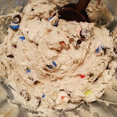 It's always a good time for homemade chocolate chip cookie dough - sans baking soda, because who am I trying to fool? There won't be any baking...just nomming!   #JennyCrocker #chocolatechipcookiedough (Jenn ) Tags: ifttt instagram