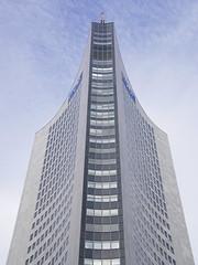 Uniriese Leipzig (ingrid eulenfan) Tags: leipzig uniriese cityhochhaus universitt architektur