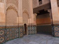 Mdersa Ben Youssef (  ), Marrakech () (twiga_swala) Tags: mdersa ben youssef    marrakech  madrasa madrassa marrakesh morocco maroc moroccan architecture islamic art marruecos unesco patrimonio mundial school patrimoine mondial world heritage ibn yusuf