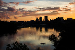 Sunset on Knoxville (Peyton Gupton) Tags: knoxville tn sunset tennessee river fishing silhouette clouds