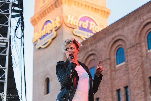 Betty Who - August 14, 2016 - Hard Rock Hotel & Casino Sioux City