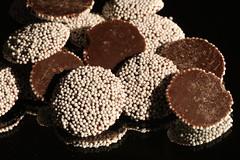 non_pareils_5Div0119 (cold_penguin1952) Tags: cocolate candy nonpareils