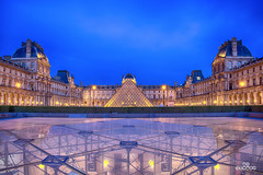 Louvre Museum and Square (brenac photography) Tags: brenac d810 france nikond810 brenacphotography nikon wow paris ledefrance fr oloneo louvre museum bluehour cityscape sigma art parismaville golden architecture building light romantic travel
