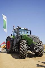 InnovAgri_2016_149 (TrelleborgAgri) Tags: trelleborg innovagri fendt tractor masseyferguson jcb
