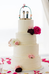 detailsweb-021 (Flower 597) Tags: typical weddingflowers weddingflorist centerpiece weddingbouquet flower597 bridalbouquet weddingceremony floralcrown ceremonyarch boutonniere corsage torontoweddingflorist