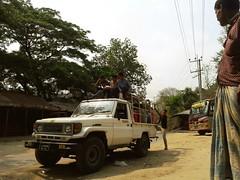 country road ... (press & pleasure - pap) Tags: bangladesh bangladeshi ctg asian southasianlife
