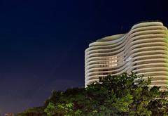Ed. Niemeyer (KeRapha) Tags: noturna noite belohorizonte bh longa praadaliberdade edifcioniemeyer