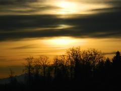 How glorious a greeting the sun gives the mountains (careth@2012) Tags: sunrise scenery britishcolumbia beautifulearth thegalaxy naturespoetry natureandstyle thebestofnaturespoetry magicmomentsinyourlifelevel1 chariotsofnaturelevel1 yellowrosedragon administrationgalleries vigilantphotographersunite vpu2