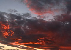 psychotic sky (RoBeRtO!!!) Tags: blue light sunset red sky sun black beautiful clouds tramonto nuvola cielo sole rosso azzurro nero luce rdpic canong7