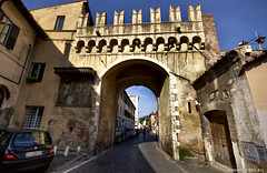 """Porta Settimiana, Trastevere • <a style=""""font-size:0.8em;"""" href=""""http://www.flickr.com/photos/89679026@N00/8437883106/"""" target=""""_blank"""">View on Flickr</a>"""
