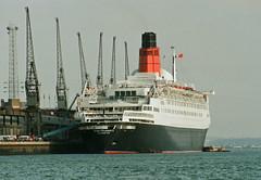 Queen Elizabeth 2 - 169-25a (Captain Martini) Tags: cruise cruising cruiseships liners cunard qe2 rmsqueenelizabeth2 southampton