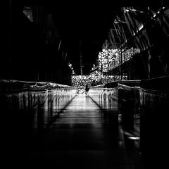 Le passage (bong.13) Tags: muse marseilles moderne mucem monochrome graphisme graphique bouchesdurhone blackandwhite noiretblanc france provence sonyrx100 soleil ombre obscur lumire