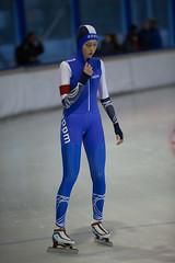 A37W6958 (rieshug 1) Tags: speedskating schaatsen eisschnelllauf skating nkjunioren knsb nkjuniorenallroundafstanden afstanden allround 50010001500massstart demeent alkmaar sportcomplexdemeent juniorenc ladies dames 500m