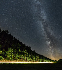 Leading The Lines (sffbigmac) Tags: night nacht sky milkyway milchstrase rausdorf jena sterne stars road lighttrails trees strase lichtspuren bume vanishingpoint fluchtpunkt leadinglines astronomy astronomie space weltall