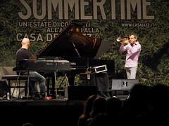 Concerto Paolo Fresu_039_7518 (Dubliner_900) Tags: olympus omdem5markii micro43 paolochiaromonte mzuikodigitaled75mm118 roma rome lazio casadeljazz summertime paolofresu bojanzulfikarpai piano reflections riflessi