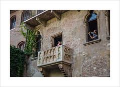 Casa di Giulietta (andyrousephotography) Tags: italy verona casadigiulietta williamshakespeare bard romeoandjuliet play lovestory tragedy balcony statue tourist snapshot selfie crammed canon eos 5d mkiii