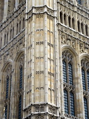 IMG_5838 (Autistic Reality) Tags: london uk unitedkingdom britain greatbritain unitedkingdomofgreatbritainandnorthernireland england architecture building structure greaterlondon innerlondon housesofparliament city westminster cityofwestminster palaceofwestminster palace parliament government capitol governmentbuilding seatofgovernment legislature charlesbarry augustuswelbynorthmorepugin augustuspugin sircharlesbarry tower victoria queenvictoria qvr victoriatower