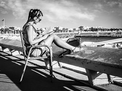 Croisette attitude (totofffff) Tags: cannes croisette france french riviera street alpes maritimes mditerrane noir blanc black white festival film olympus om d e m1 expo droite