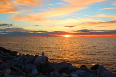 Visby sunset (ec1jack) Tags: sweden gotland visby ec1jack kierankelly canoneos600d august september 2016 summer europe scandinavia sunset dusk sea ocean sunrays