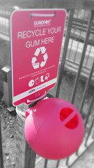 GWR gum disposal point (pdeaves) Tags: gwr chewinggum bin