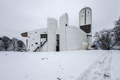 (ilConte) Tags: ronchamp francia france lecorbusier notredameduhaut chiesa church kirche winter inverno neve snow schnee hank