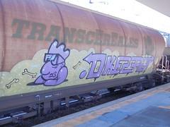 224 (en-ri) Tags: okes efik arrow lilla torino train graffiti writing merci freight ragazzo boy transcereales ossa bones treno