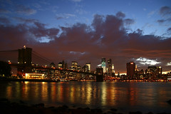 New York City (RayKippig) Tags: nyc newyorkcity sunset usa skyline downtown sonnenuntergang manhattan brooklynbridge eastriver reflexion lowermanhattan refelction urlaub2012