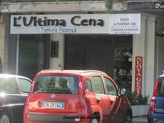 2012 L'ultima cena b (Roma ieri, Roma oggi di Alvaro de Alvariis) Tags: italy rome roma ultimacena visualizzazioni romascomparsa nonrintracciabili fotoalvarodealvariis oracomodamenteancheintaxi