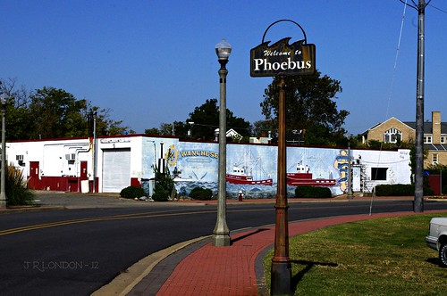 Welcome to Phoebus, Va. (Hampton) - IMGP0947-1