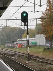 NS Sein Meppel (Arthur-A) Tags: railroad green netherlands train tren groen ns nederland railway zug sein signal trein meppel seinpaal